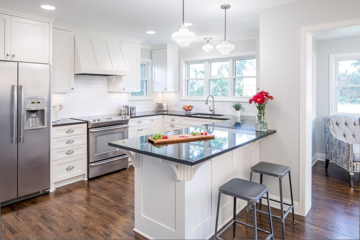 18 golden art for Cape cod kitchens pictures