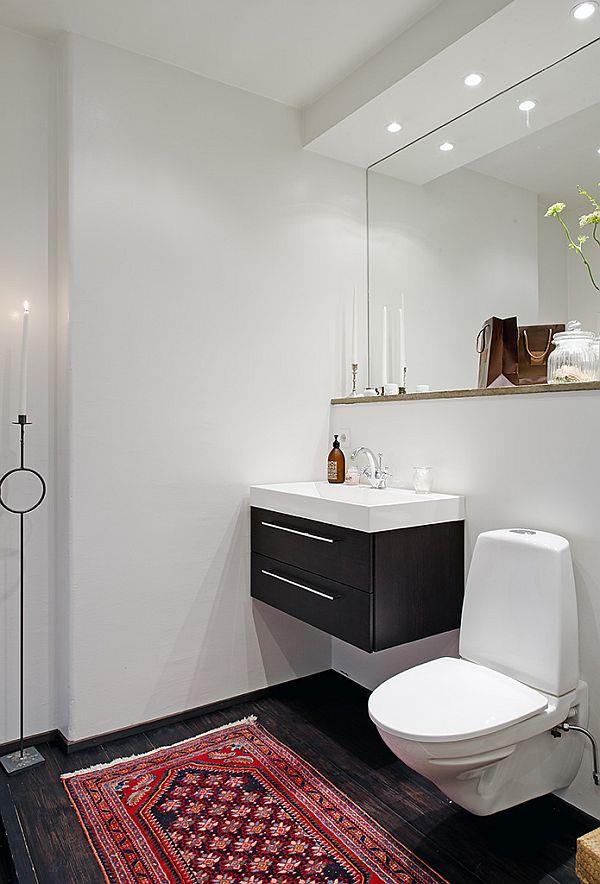 spacious-apartment-bath