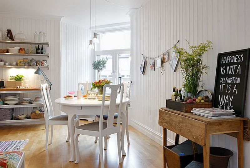 spacious-apartment-dining-tbale