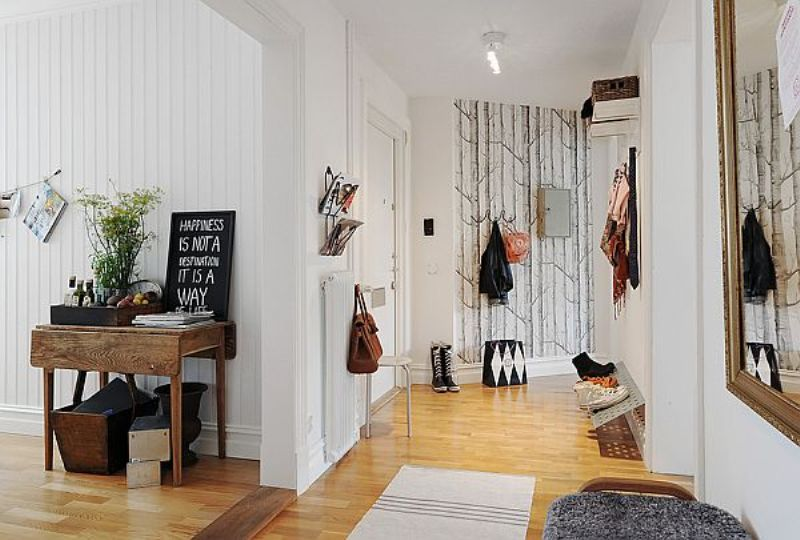 spacious-apartment-hall