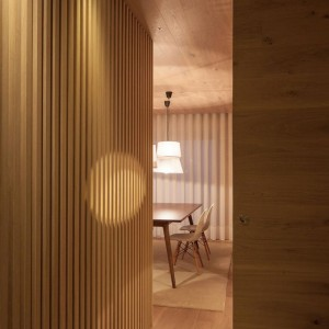 Seafront-Oak-Wood-Themed-Apartment-by-Pitagoras-Group-02-768x1152