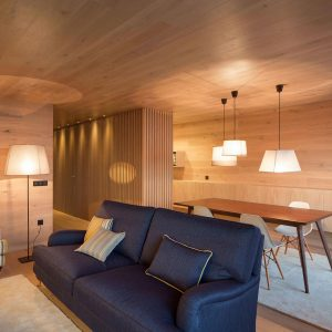 Seafront-Oak-Wood-Themed-Apartment-by-Pitagoras-Group-05