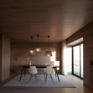 Seafront-Oak-Wood-Themed-Apartment-by-Pitagoras-Group-09-768x512