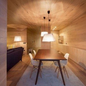 Seafront-Oak-Wood-Themed-Apartment-by-Pitagoras-Group-10-768x778