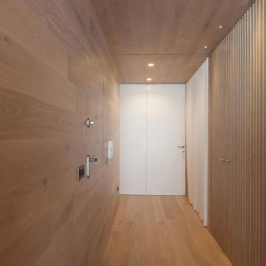 Seafront-Oak-Wood-Themed-Apartment-by-Pitagoras-Group-11-768x1152